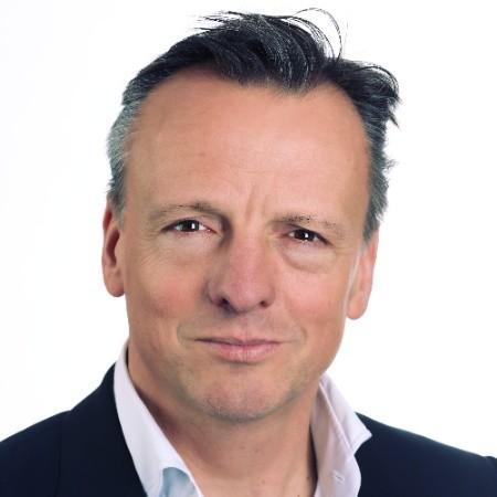 Marc Zinnemers - Director Financiero